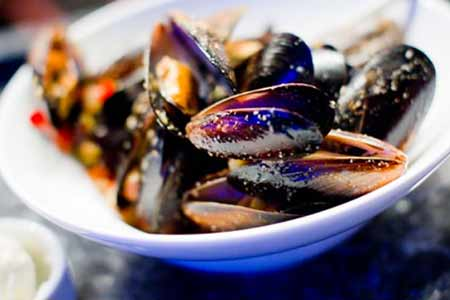 Ocean Trail is a New Orleans seafood restaurant in Scottsdale, Arizona.