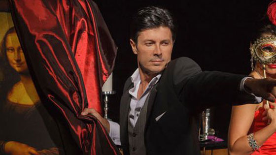 Ivan performs intimate magic in theaters in Los Angeles