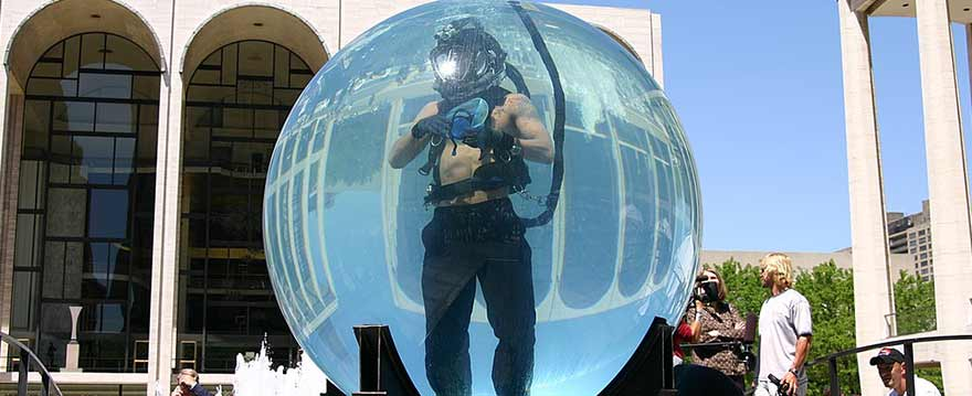 David Blaine magician in water tank