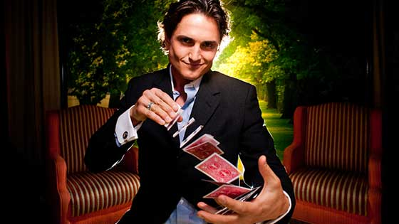 Nick Ivory performs regularly at several restaurant hotspots with his fun magic show San Diego